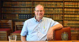 Gaston Van Tichelt - Burgemeester in Coronatijd - Essen - (c) Noordernieuws 2020 -