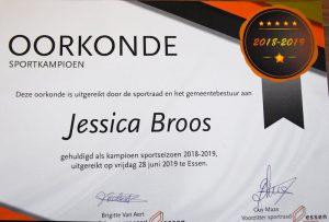 Jessica Broos - Twirling Sportkampioen Essen - Oorkonde - (c) Noordernieuws.be - HDB_2114