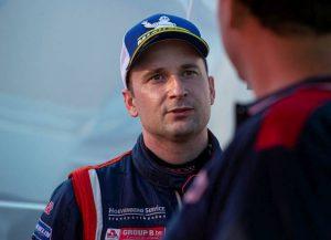 Rallykampioen Bob de Jong uit Essen aan de start van Achterhoek Rally