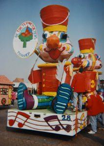 Carnavalswagen - Carnavalsvereniging Torrep - Essen - Noordernieuws.be - HDB_2412s