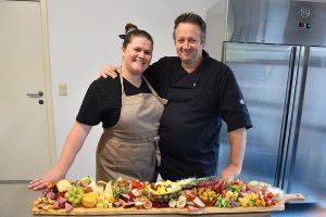 Cateringservice Bolsterbos - Jim en Danielle De Bolster - Tapasbuffet, salades en barbecue - Essen