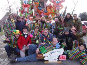 De historie van Carnavalsvereniging Staesi - Noordernieuws.be 2020 - 424474_356128824422081_2017440300_ns