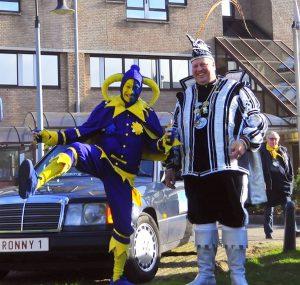 Carnaval in Essen - Nar Jan Meeusen en Prins Ronny Van Gastel - Noordernieuws.be