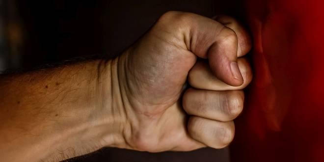 Drie verdachten aangehouden voor openlijke geweldpleging