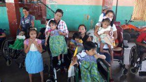 Broeder Willy verscheept MUG-voertuig naar de Filipijnen3