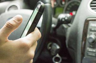 Controles op 'afleiding achter het stuur'