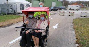 Essen zet riksjafiets in voor vervoer naar vaccinatiecentrum