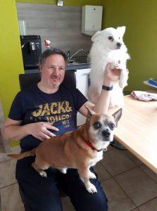 Alain met de hondjes