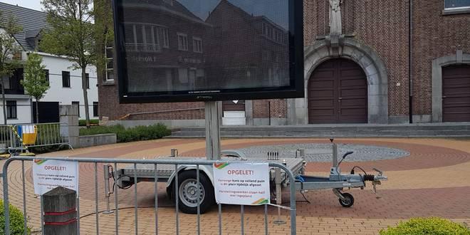 Kerkplein Onze-Lieve-Vrouwekerk afgesloten