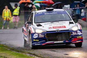 Rallykampioen Bob de Jong voor de vierde keer winnaar GTC Rally