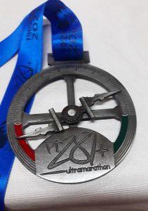Jan De Laet loopt de PT 281 Ultramarathon - Medaille - Noordernieuws.be 2021