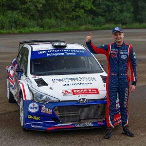 Rallykampioen Bob de Jong wil vlammen in Eurol-Hellendoorn Rally