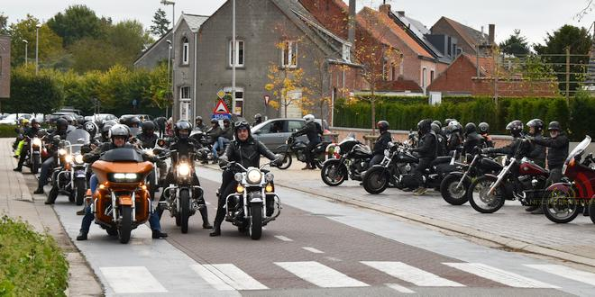 Eindelijk weer sluitingsrit Harley-Davidson Club Essen!