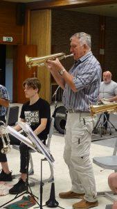 De Essener Muzikanten bereiden zich voor op een leutig feestje2